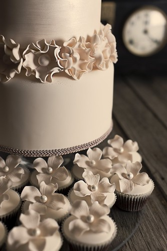 Vintage Wedding Cake | by One Sweet Girl (Just Cupcakes!)