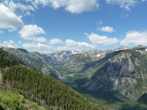 View from the Beartooth highway | by Hitesh Shah