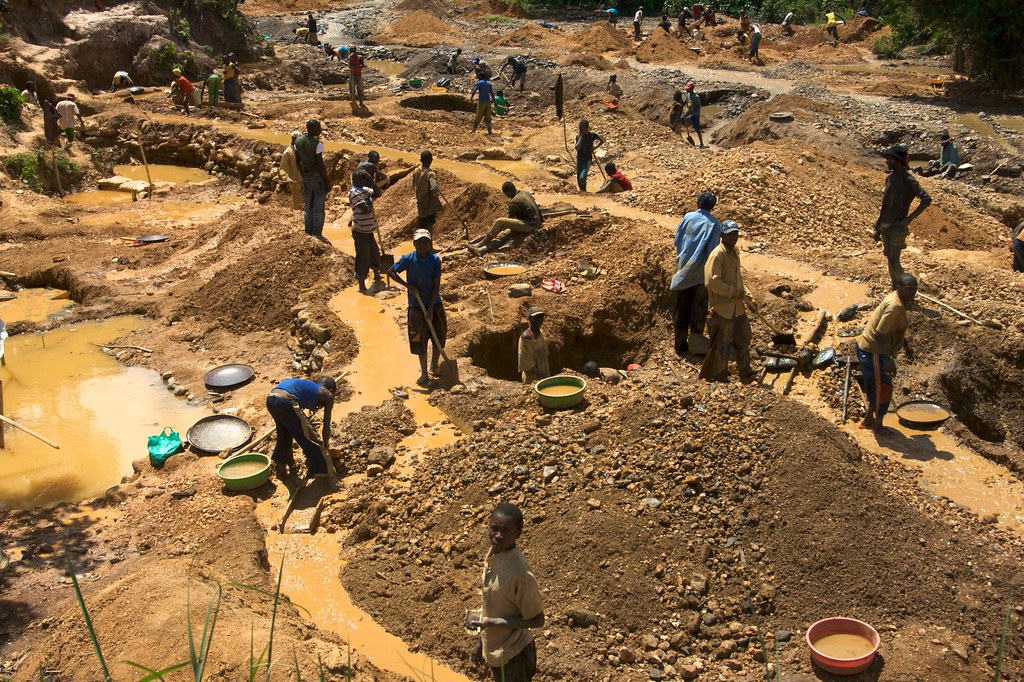 Conflict Minerals 6 Lezhnev Child Miners As Young As