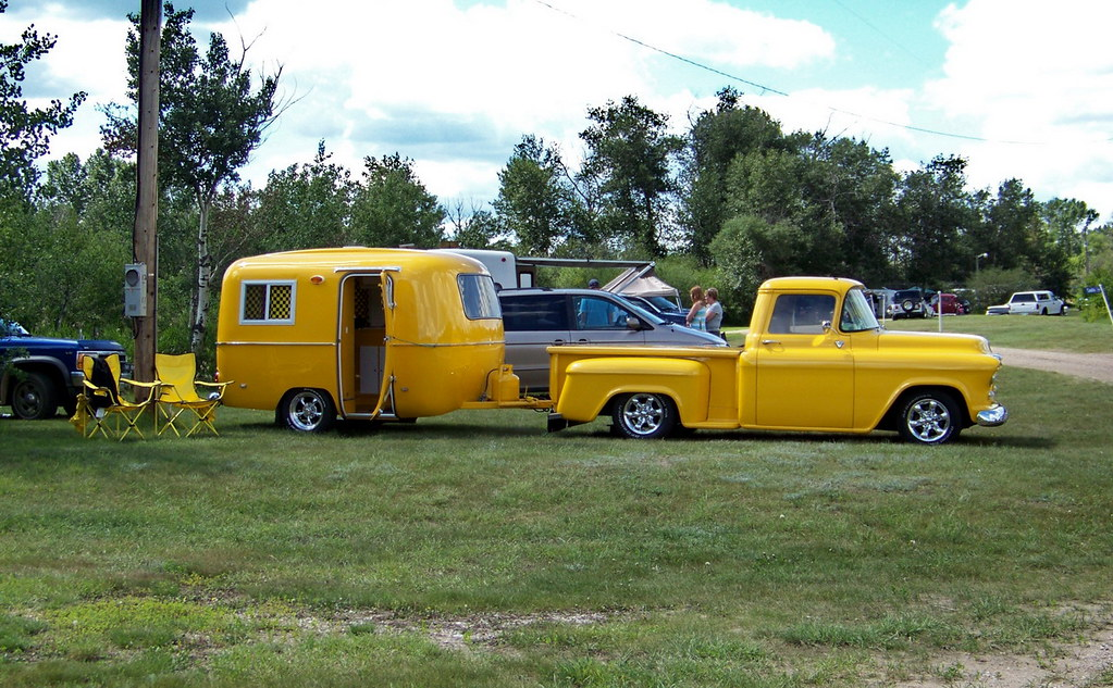 Chevrolet Truck Pics - Macklin 10g08 Yellow 1955 Chevrolet Truck and Trailer, SK ...