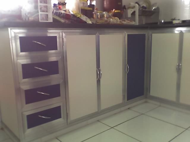 fechamento de pia em aluminio e formica branca e azul, arm…  Flickr # Armario De Cozinha Em Sjc