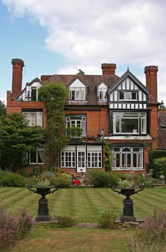Agatha Christie's Former Home Styles | Agatha Christie