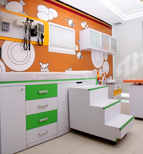 Consultorio y mueble de exploracion pediatrico - Mobiliario para veterinaria ...