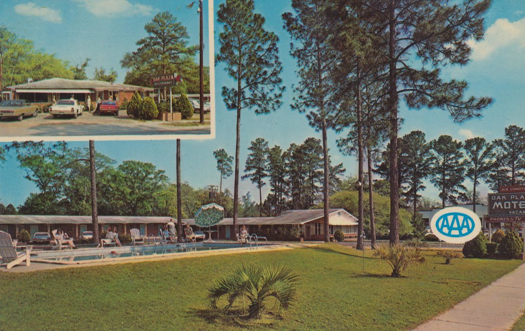 Oak Plaza Motel and Restaurant - Blackshear, Georgia