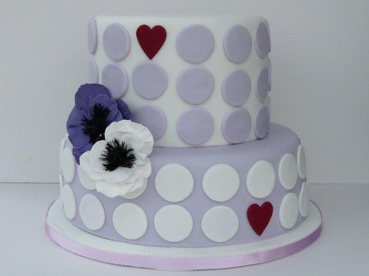 Hochzeitstorte 2 Stockig Modern Mit Punkten Und Anemonen W Flickr