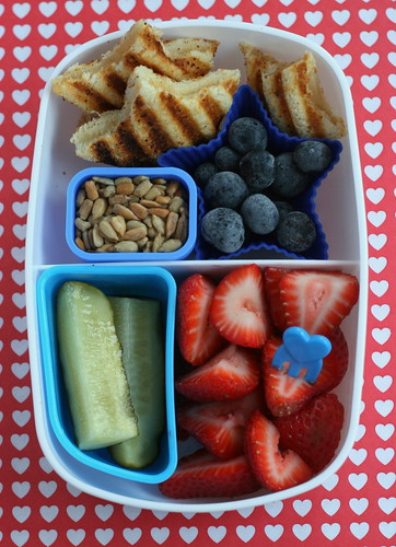 4th of July bento | by anotherlunch.com