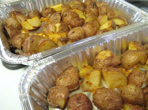 Oven Roasted Garlic Potatoes @ Chaya's Comfy Cook | by CinnamonKitchn