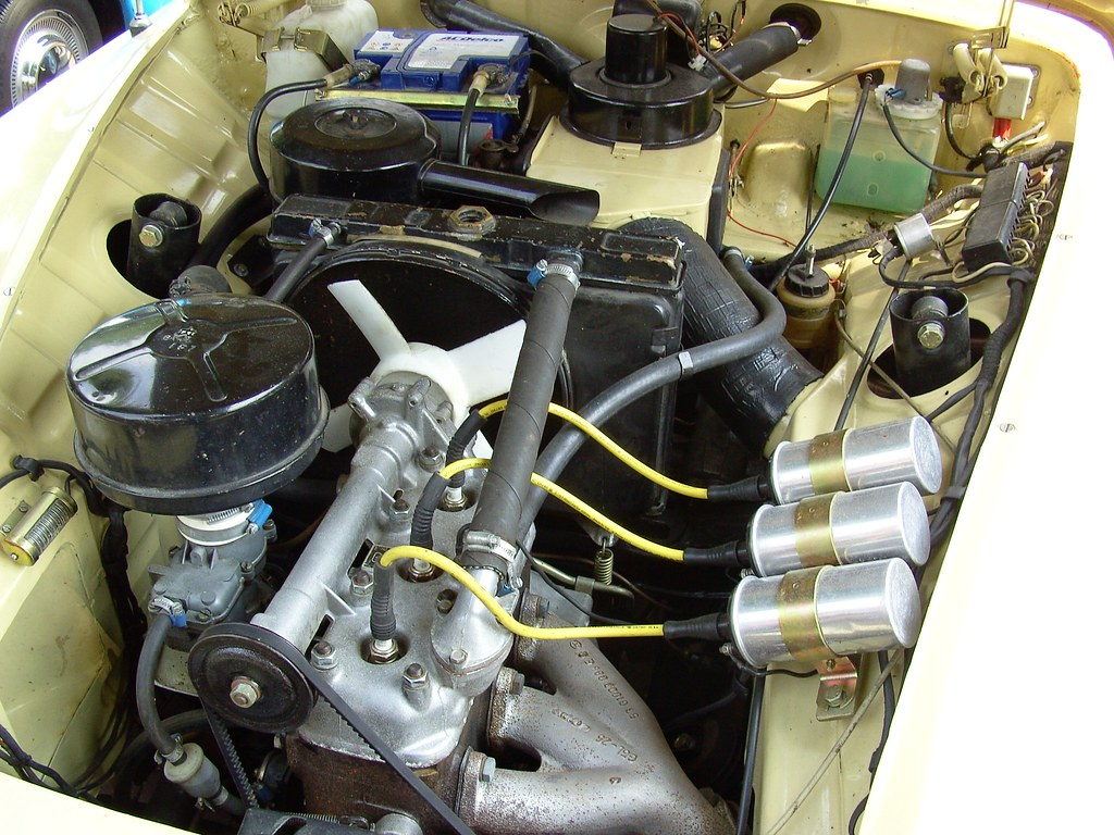 wartburg 312 two stroke engine david van mill flickr. Black Bedroom Furniture Sets. Home Design Ideas