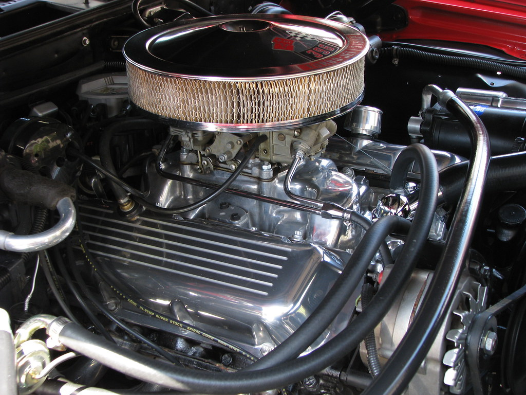 Chevy Muscle Under the Hood 1970 El Camino Engine Closeup ...