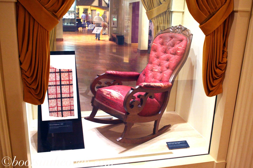 Abraham Lincoln S Chair From Ford Theater Post The
