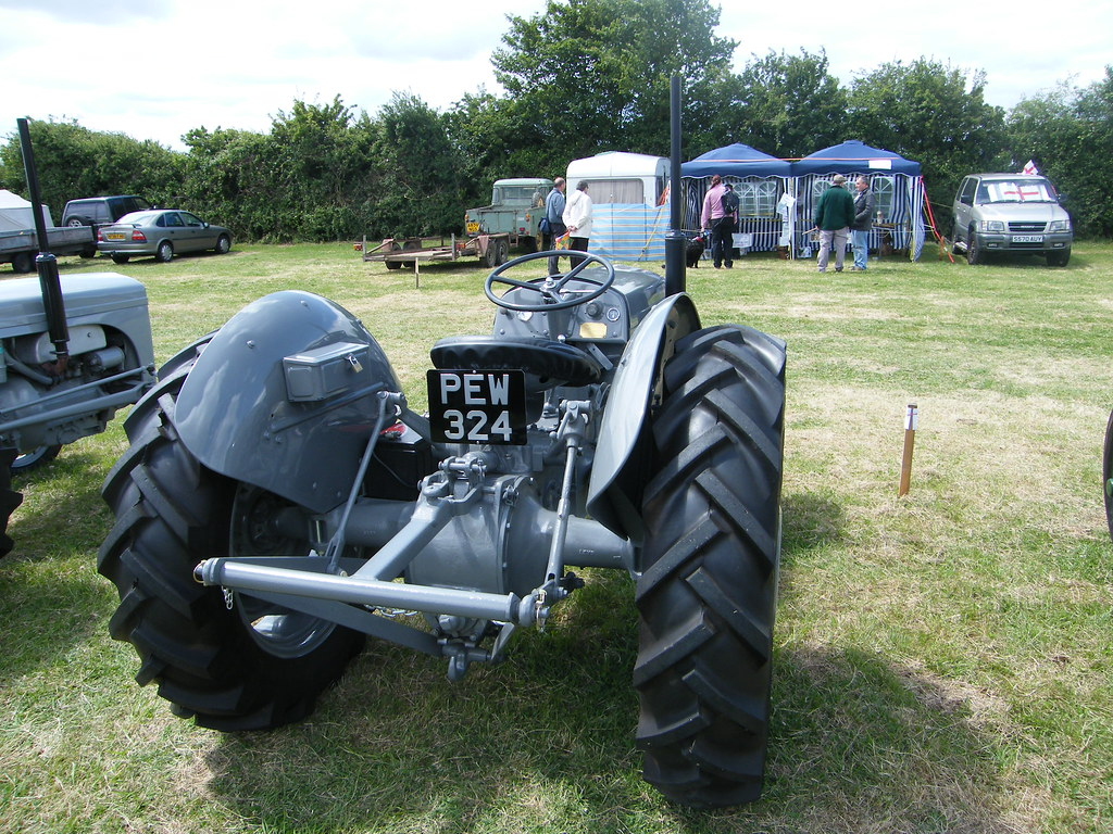 ferguson tef20 this 1955 ferguson tef20 tractor was on. Black Bedroom Furniture Sets. Home Design Ideas