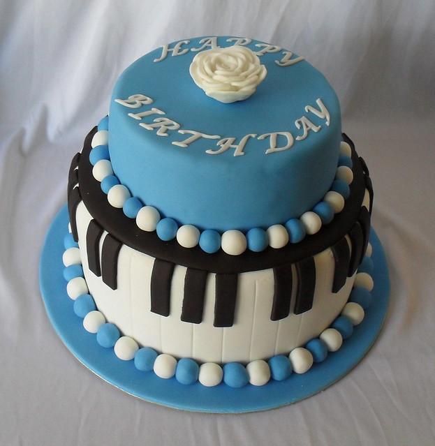 Piano Cake   Flickr - Photo Sharing!