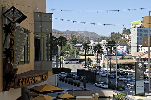 California Pizza Kitchen Hollywood Ca