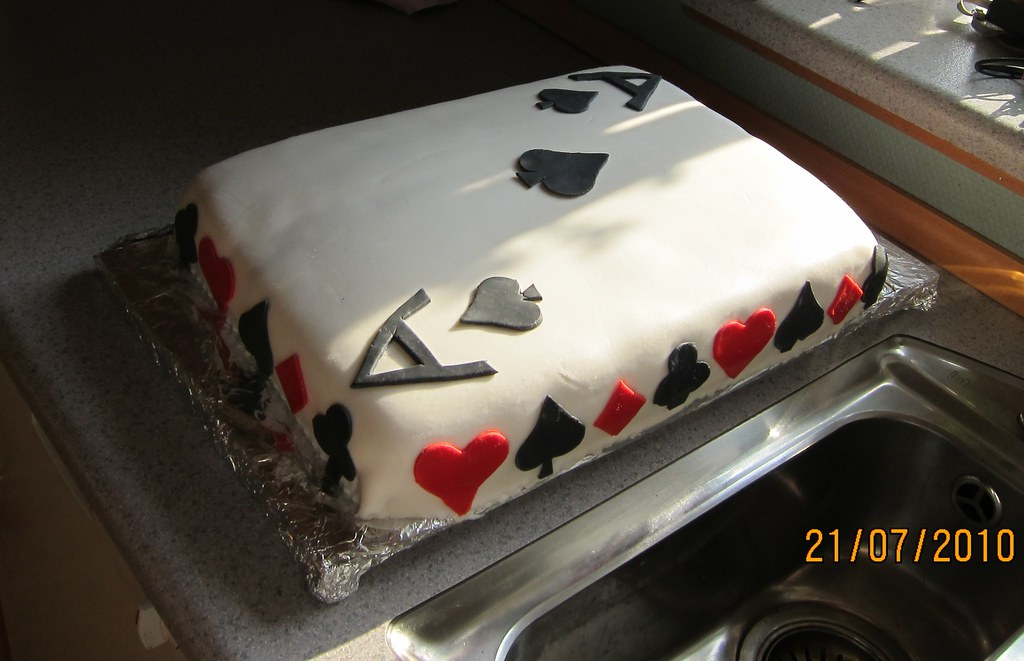Playing cards cake Birthday cake for my father who loves ...