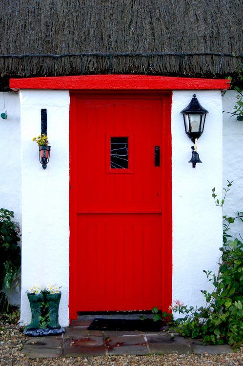 Cottage door malin head catmac phtography flickr for Cottage back door