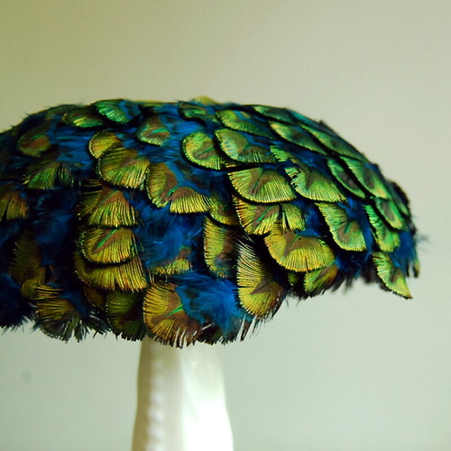 Vintage Peacock Feather Cocktail Hat | by calloohcallay