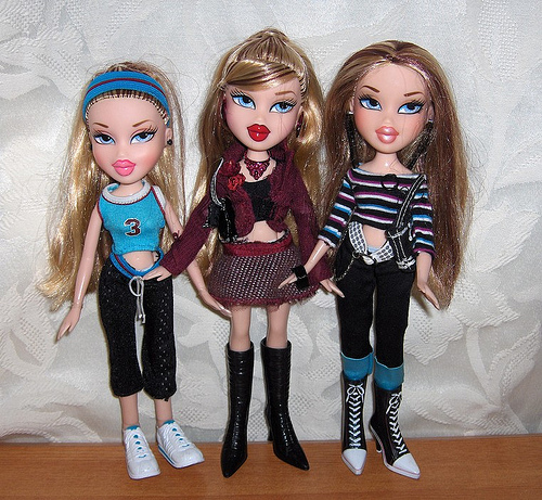 bratz triiiplets i want them so bad looking for theme