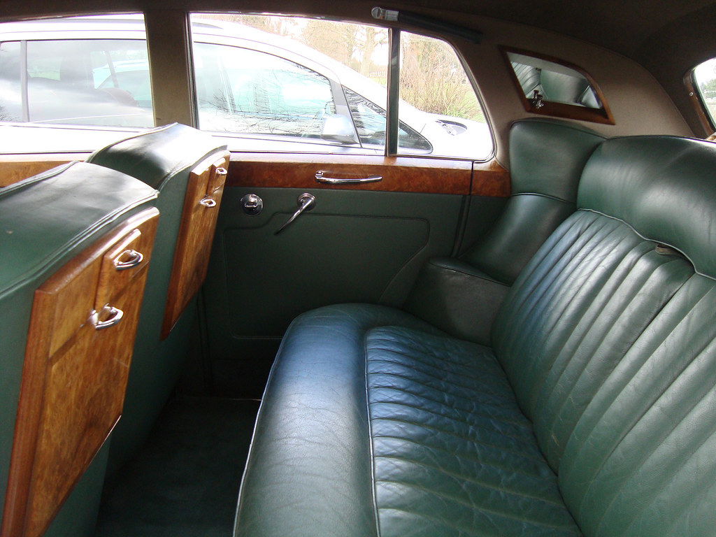Rolls Royce For Hire >> 1960 Rolls Royce Silver Cloud - interior, rear | The interio… | Flickr