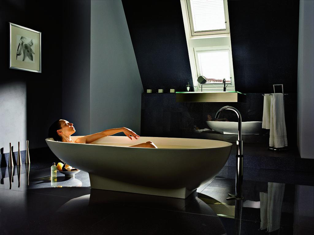 Relax badkamer met VELUX daglichtsysteem   Olivia Smulders   Flickr