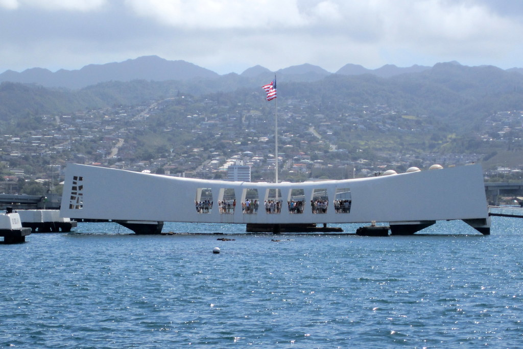 30 Foot Boat >> O'ahu - Honolulu - Pearl Harbor: USS Arizona Memorial | Flickr