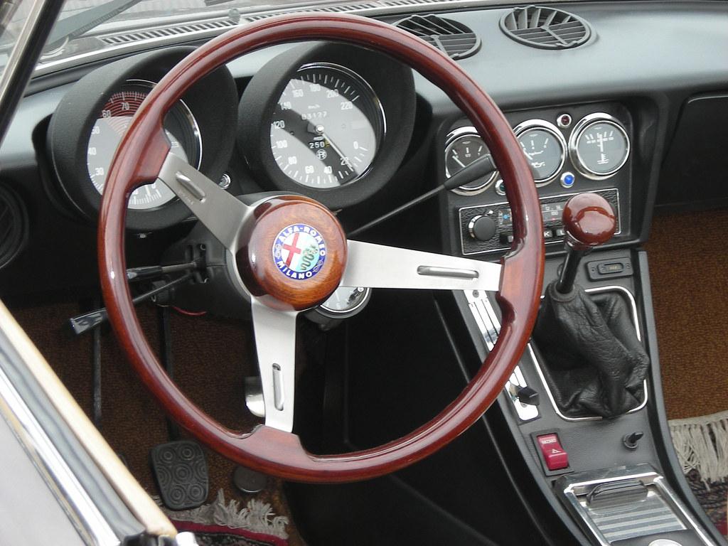 Alfa Romeo 2000 Spider Veloce Fastback Series 2 Coda Tron Flickr Tronca Dash Board By