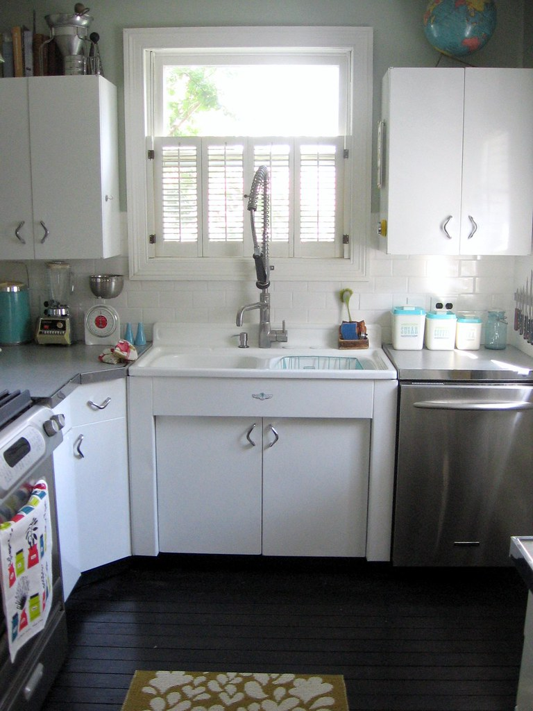 new metal kitchen cabinets sink carolyn flickr 3518