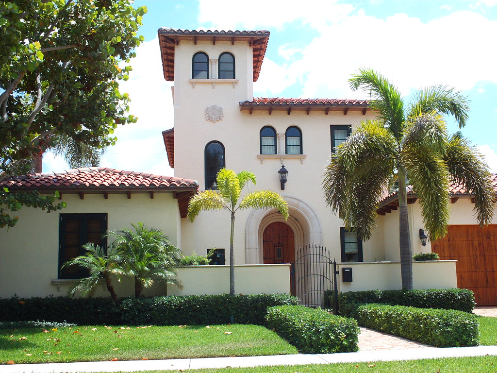 Italian villa style house west palm beach love these 3rd for Villa style homes