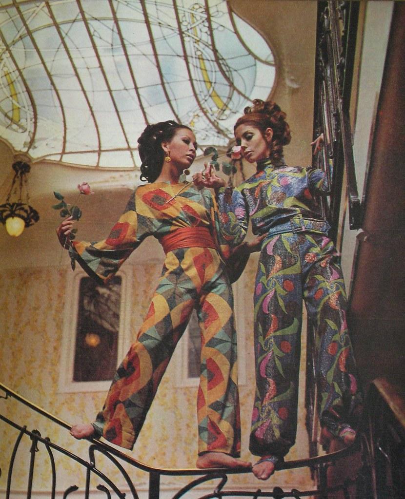 Art nouveau fashion editorial photographed in paris and - Mobles vintage barcelona ...