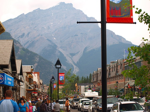 how to go banff from calgary