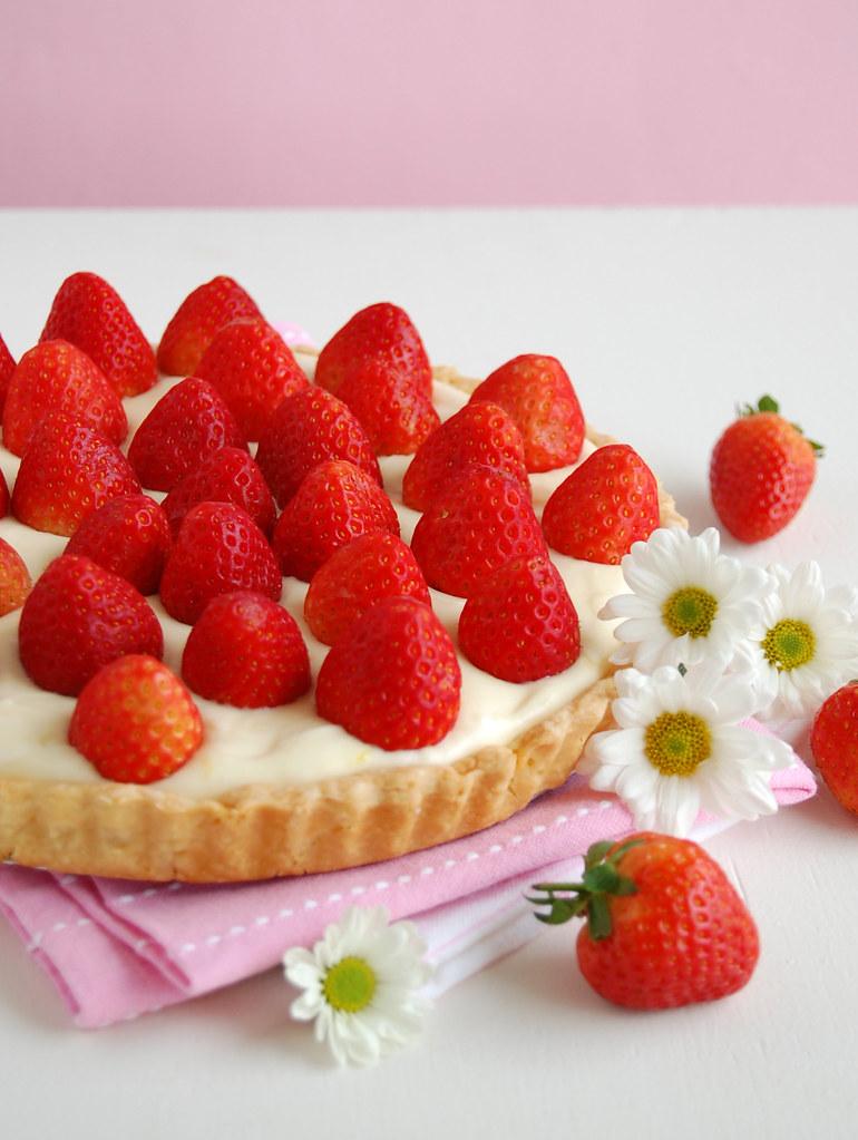 Fresh strawberry tart with lemon cream / Torta de morangos ...