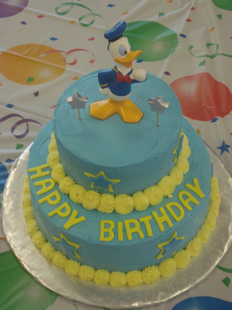 Donald Duck Cake Cupcakes By Nicole Flickr