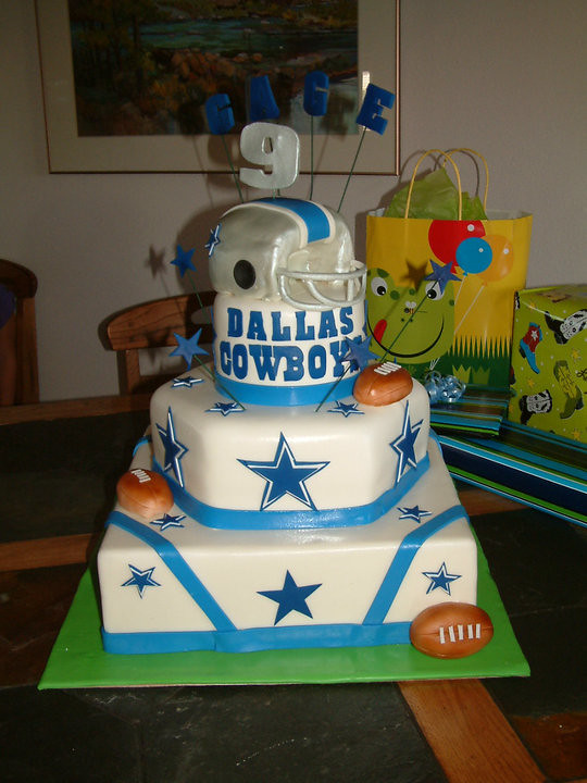 Dallas Cowboys Birthday Cake Made This For A Little Man Wh Flickr