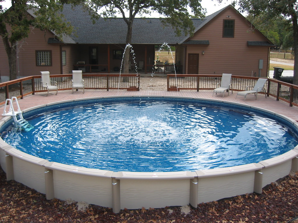 Large round above ground pool wilson county 30 ft round flickr for Round swimming pools above ground