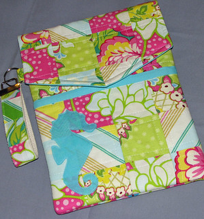 Quilted Pop Garden Seahorse iPad cover for Julie | by Sew-Fantastic