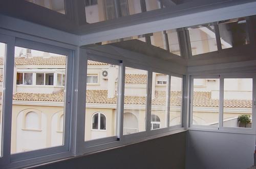 Cerramiento de terraza cerramiento de terraza con for Cristaleria benissa