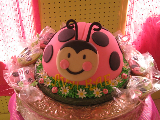 Pink Lady Bug Cake & Cookies | Flickr - Photo Sharing!