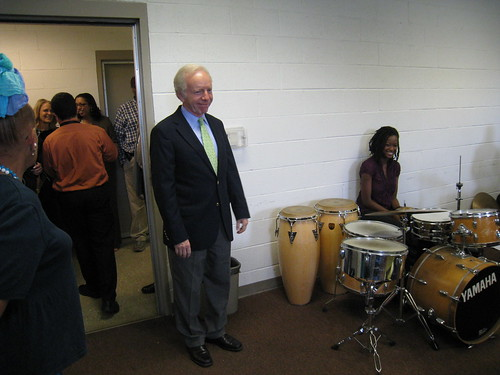 Sen. Lieberman visits the Artists Collective | by WNPR - Connecticut Public Radio