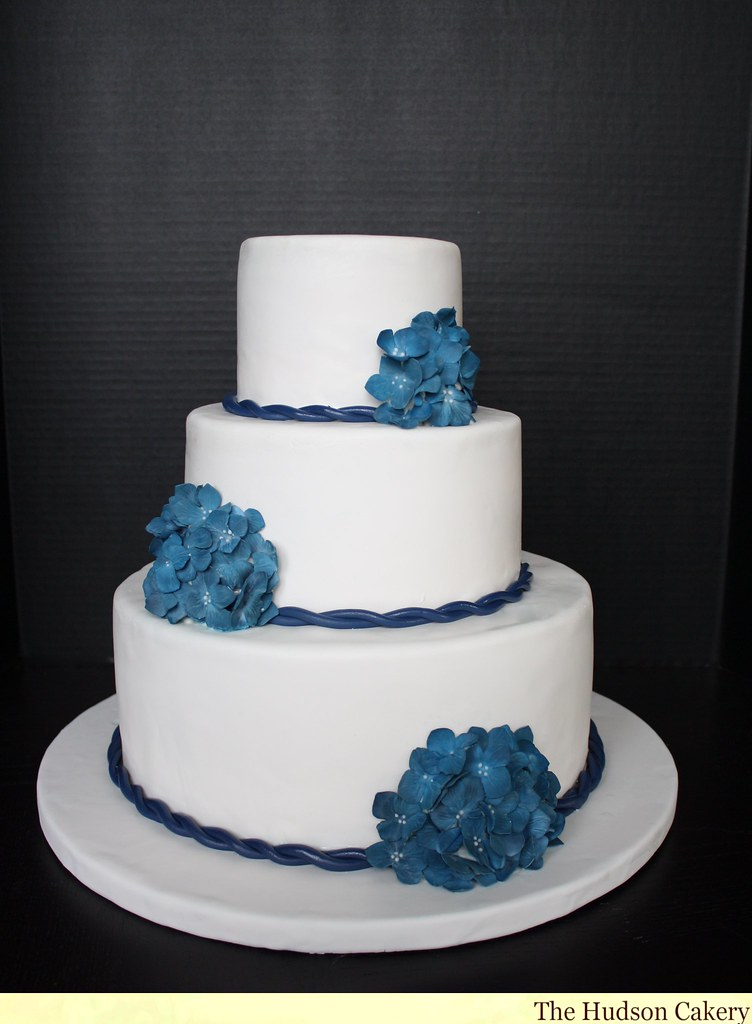 blue flower wedding cake blue amp white wedding cake flickr 11984
