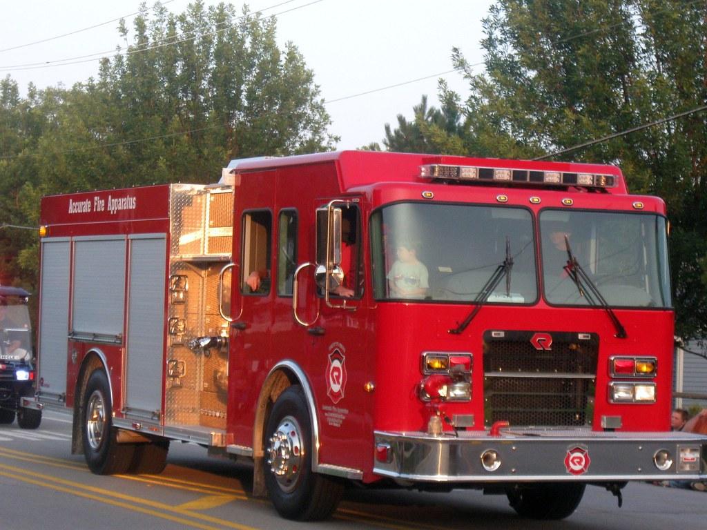 Il Accurate Fire Apparatus North Aurora 2010 Lights