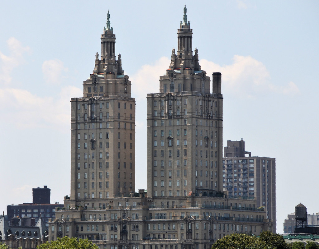 The san remo apartment building central park new york for Apartments near central park