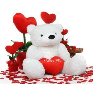 giant-teddy-bear-and-flowers