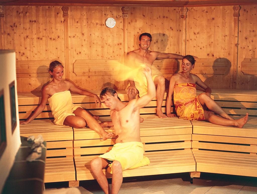 bdsm b sex sauna