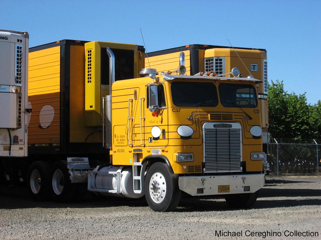 Freightliner Cabover For Sale >> Willamette Egg Farms Freightliner FLA Cabover | Freightliner… | Flickr
