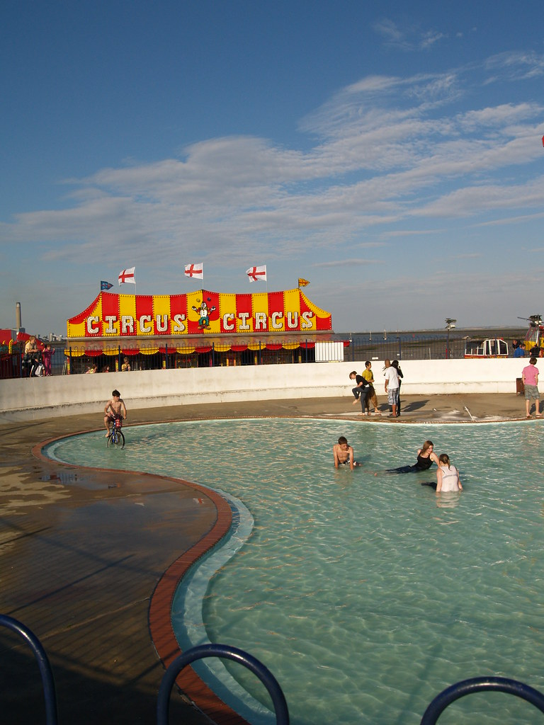 The strand paddling pool gillingham shared simon - The strand swimming pool gillingham ...