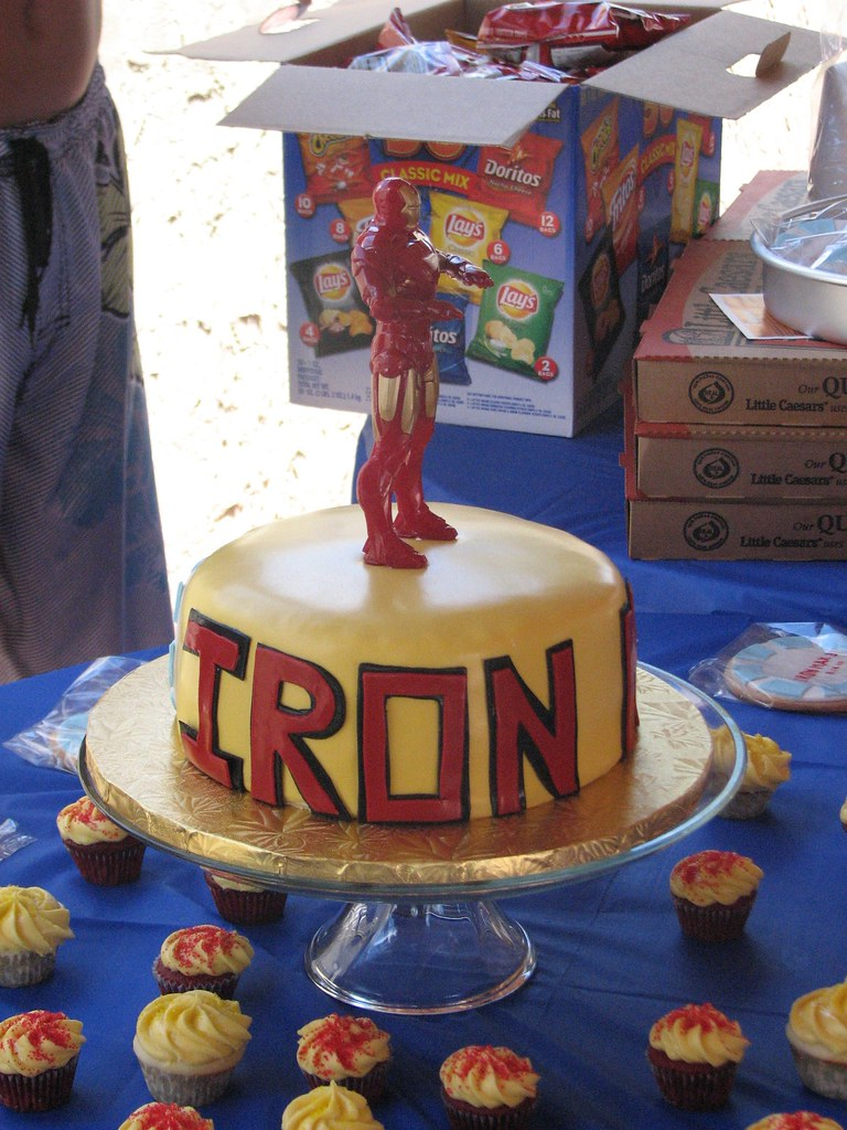 Birthday Cake Images With Name Aman : Iron Man Birthday Cake Iron Man cake for a 3 year old ...