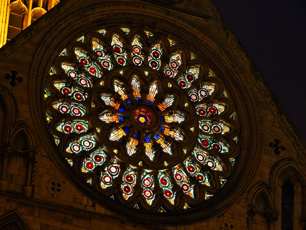 2009 03 06 york by night 0016 the rose window york for Rose window york minster