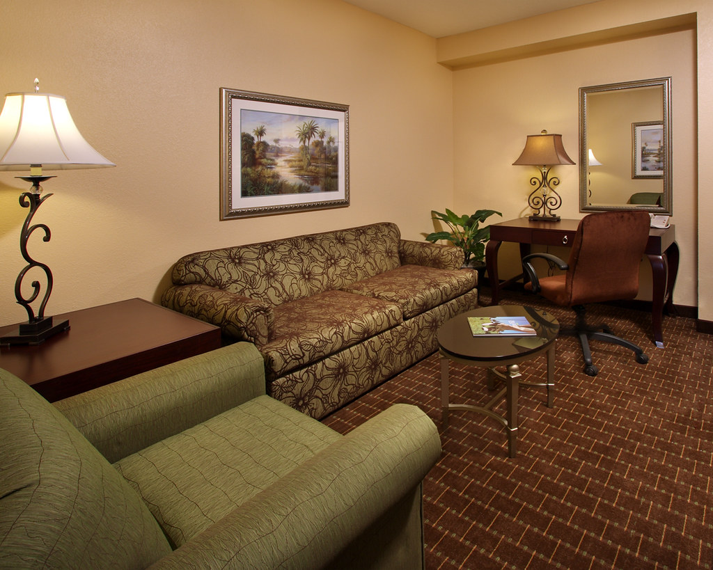 Living Room Suits : Standard Double Queen Living Room Caribe Royale Orlando Su ...