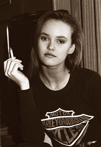 Vanessa Paradis exclusive photo , circa 1988 | Vanessa ... Vanessa Paradis