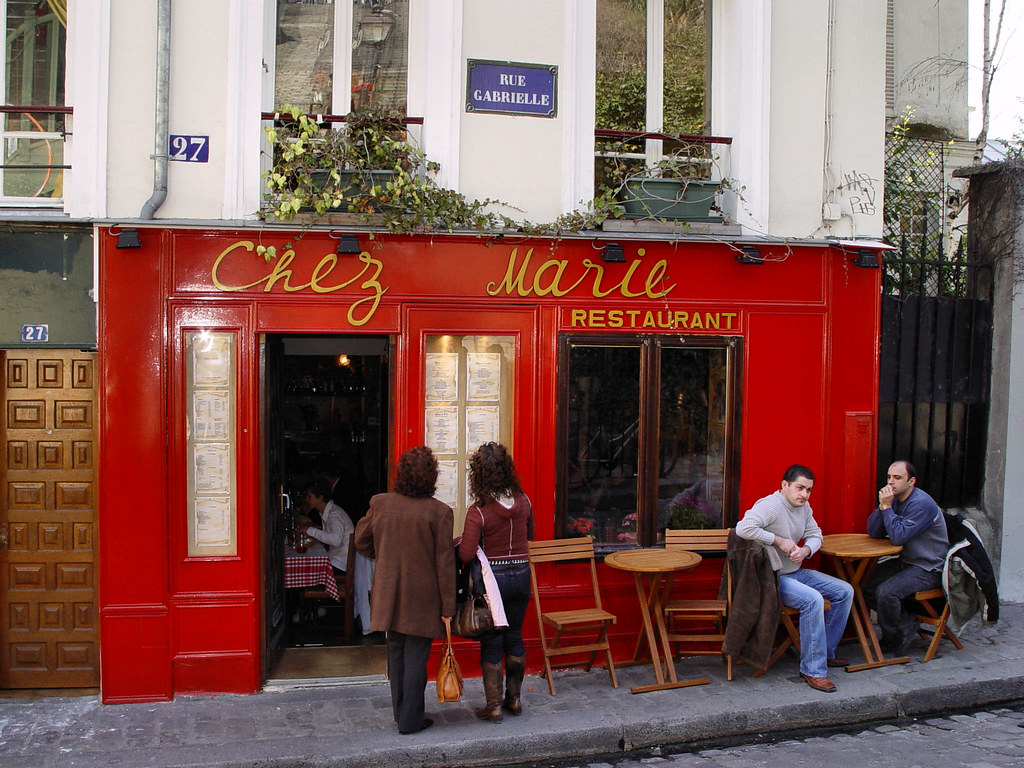 Restaurant chez marie in paris mont martre rue for Restaurant chez marie marseille