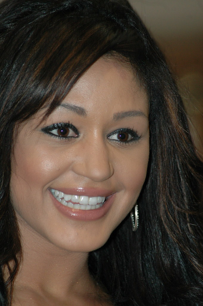 Close Up Of Lisa Lee  Sexy Lisa Lees Face Close Up -4044
